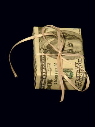 Money with a Bow MP900442285