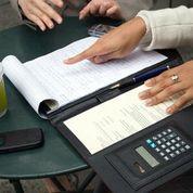 Calculator and paper Pad mdbCT-q8usgHUcM1P8ySAlVRZ74vxONGElihsAlZ13w