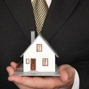 House Holding in Hands Juc1d1bxLAtUvftlGYPGRPURucV13ZxGSLCWfVLdod4